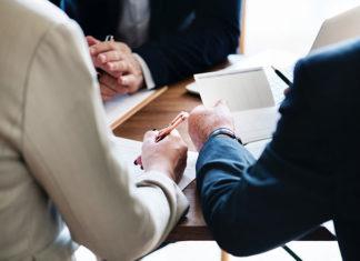 Jak zwiększyć efektywność pracy przedstawiciela handlowego?